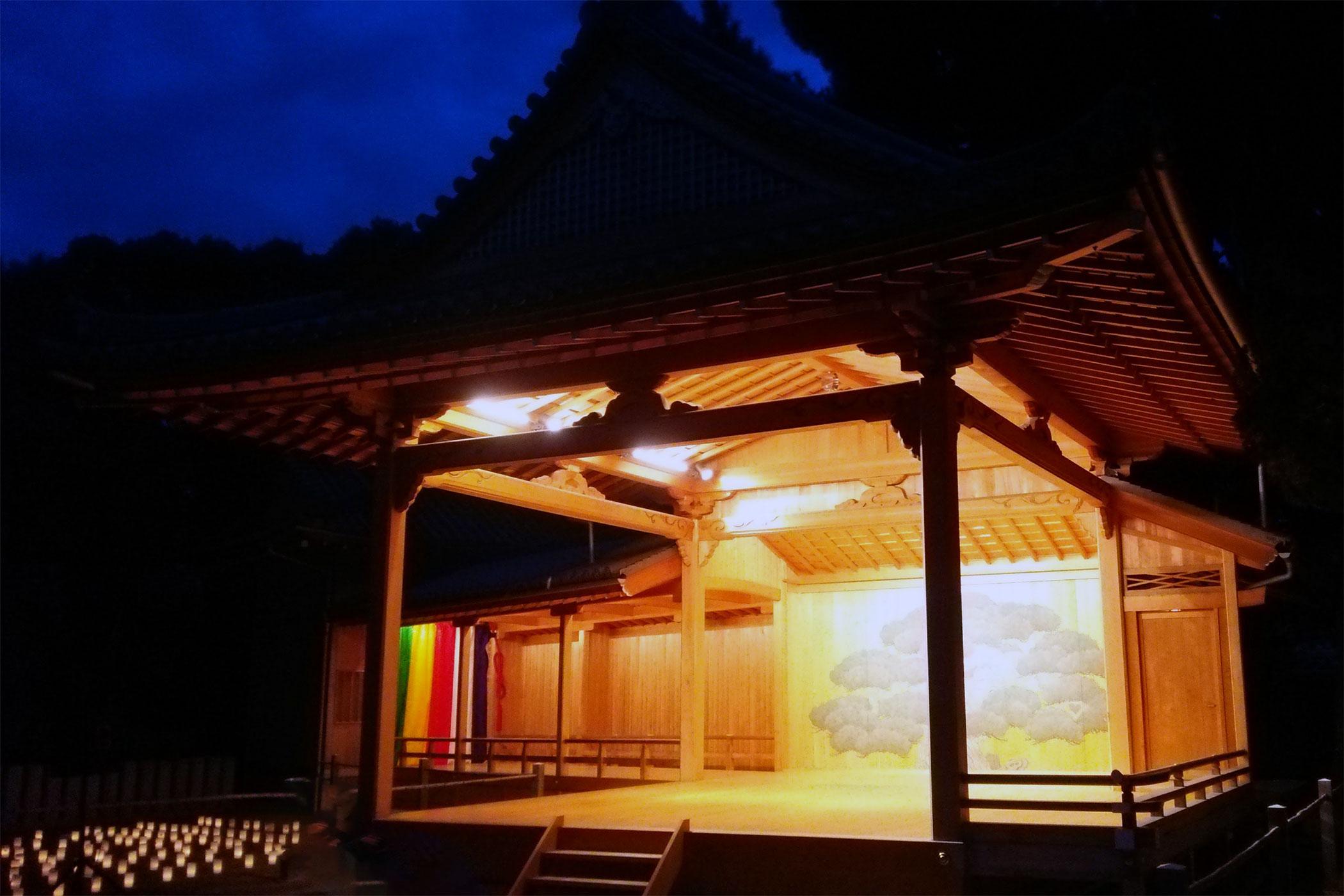 高砂神社能舞台